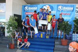 Stupně vítězů SŠ týmů (foto organizátor)