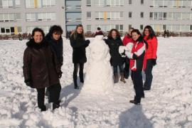 Sněhuláci pro Afriku 2017 aneb Naši studenti coby umělečtí sochaři